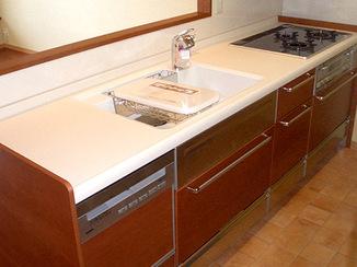 キッチンリフォーム 開放的で掃除のしやすいオールステンレスキッチン